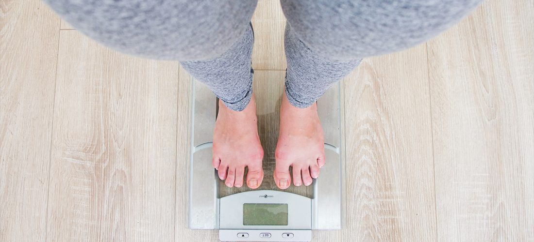 Se hvordan stress kan gi overvekt og dårlig søvn.